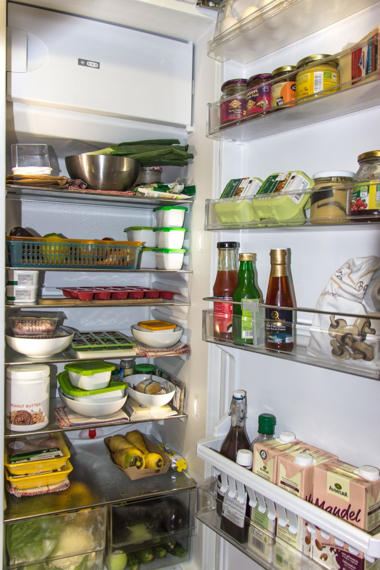 refrigerator-1809344-1609319983.jpg